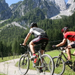 Mountainbiken_in_Dachstein_SKG